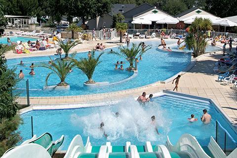 Camping avec parc aquatique - Mané Guernehué | Baden